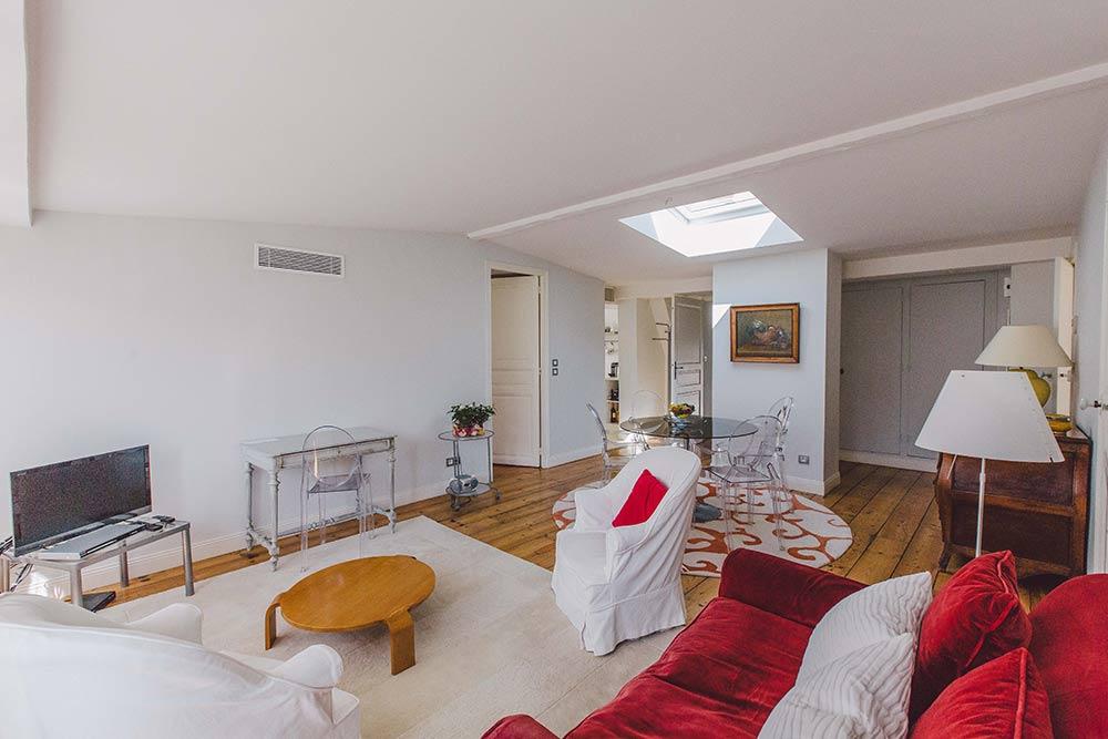 location saint jean de luz saisonni re location appartement la villa les roses pays basque. Black Bedroom Furniture Sets. Home Design Ideas